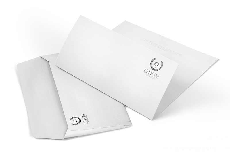 Revolver oblikovanje: Otium - firmapapir in kuverta