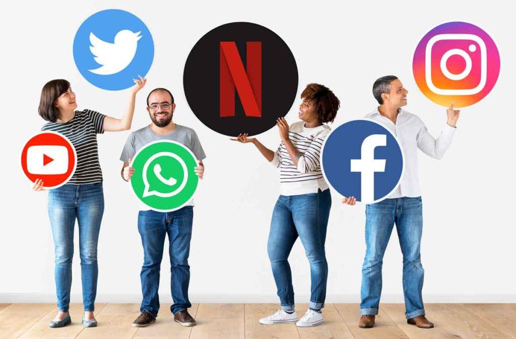 Evolucija spletnih trgovin povezuje spletne trgovine z družbenimi omrežji