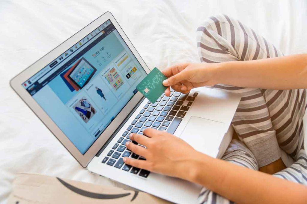 Evolucija spletnih trgovin - Amazon in Ebay - Revolver blog